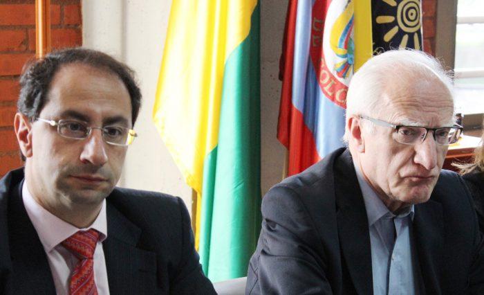 José Manuel Restrepo Abondano, Rector de la Universidad del Rosario, y Luis Fernando Chaparro Osorio, exconsejero del Consejo Nacional de Acreditación (CNA).