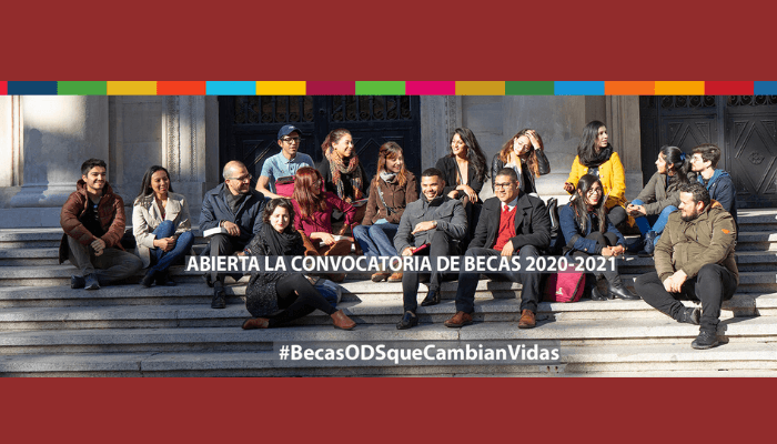 BECAS-FUNDACION-CAROLINA-compressor